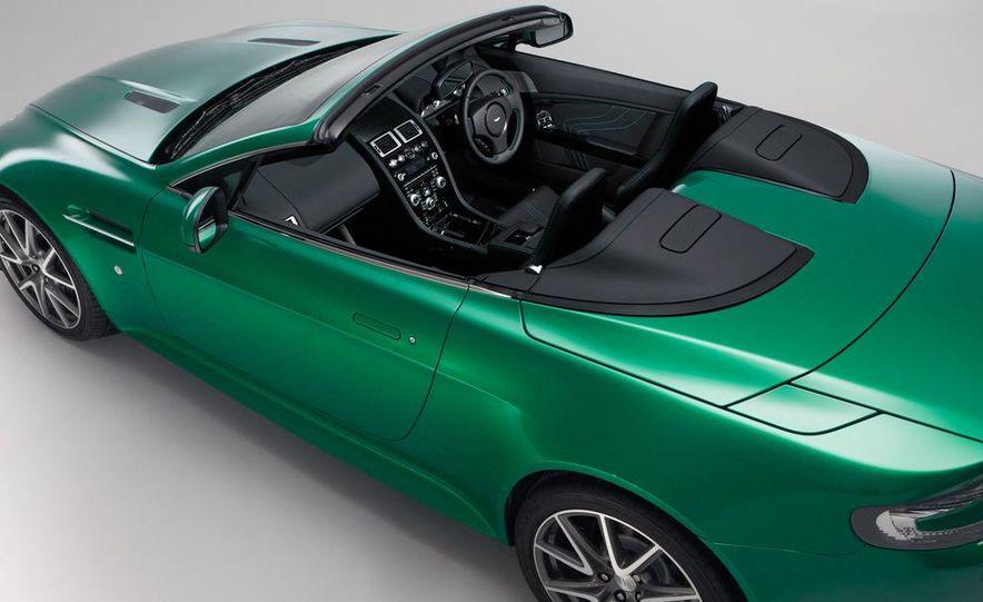 2011 Aston Martin V-8 Vantage S coupe - Slide 10