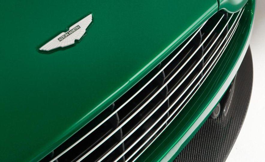 2011 Aston Martin V-8 Vantage S coupe - Slide 13