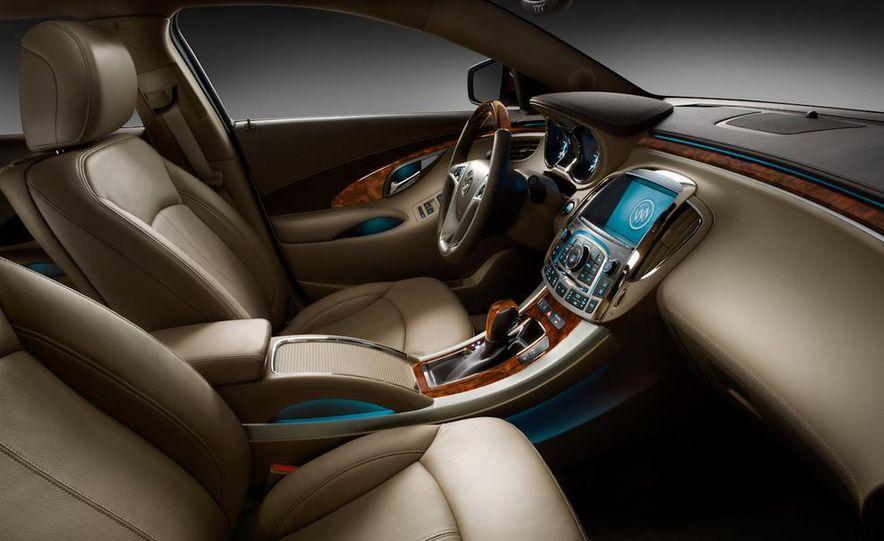 2011 Mazdaspeed 3 - Slide 16