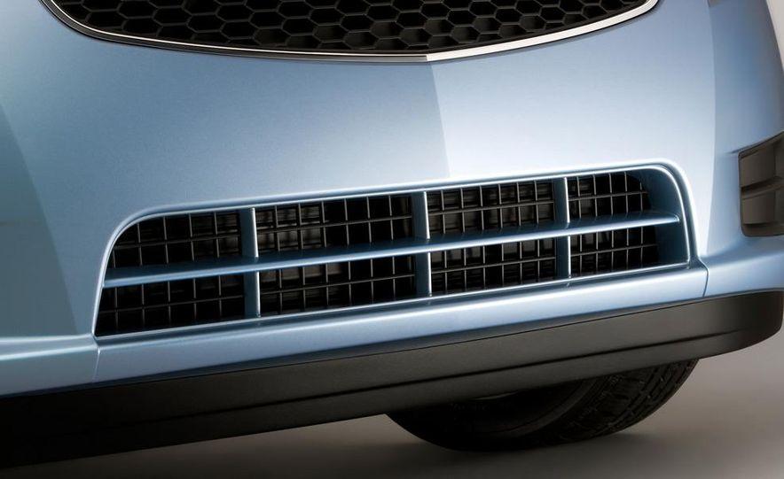 2011 Chevrolet Cruze Eco - Slide 9