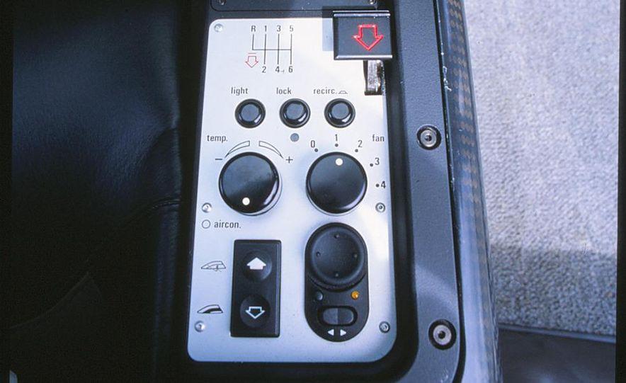 1994 McLaren F1 - Slide 3