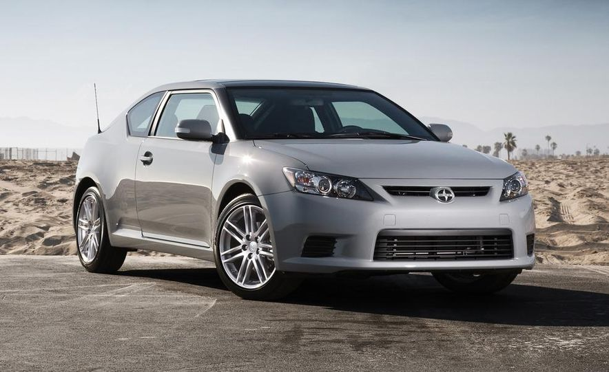 2011 Scion tC automatic - Slide 1