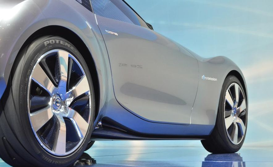 Nissan ESFLOW concept - Slide 14