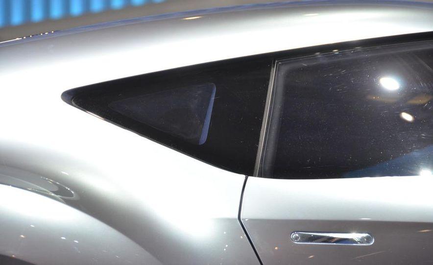 Nissan ESFLOW concept - Slide 16