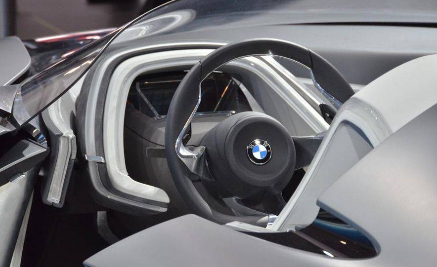 BMW Vision ConnectedDrive concept - Slide 13