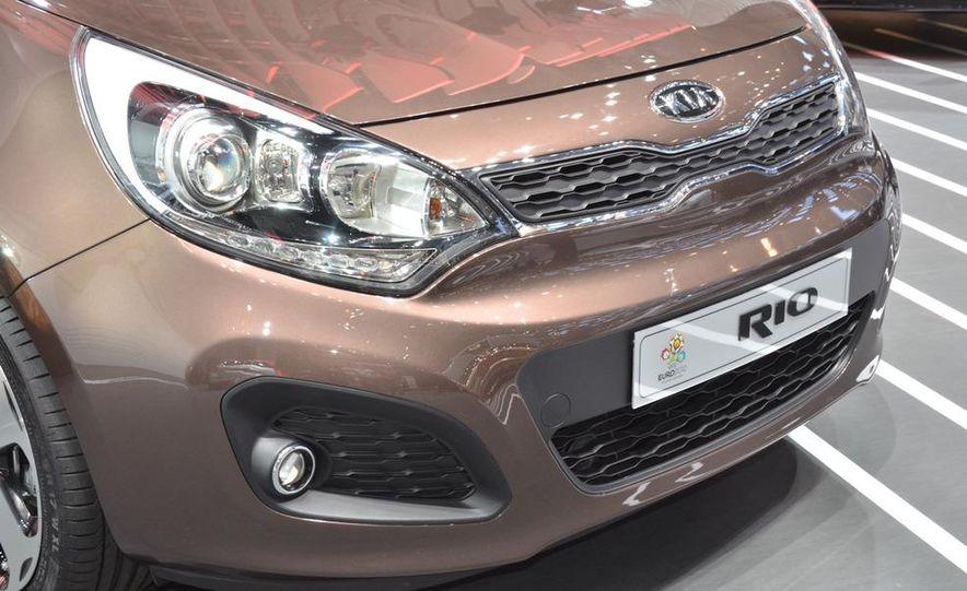 2012 Kia Rio5 - Slide 4