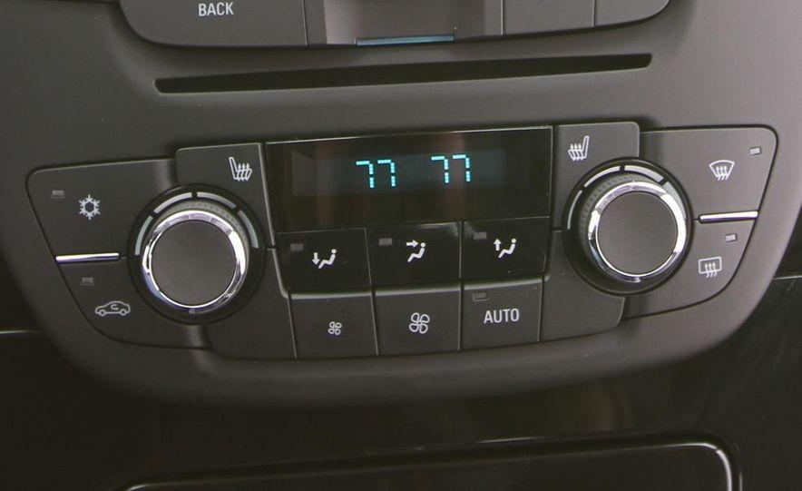 2011 Buick Regal CXL Turbo - Slide 27