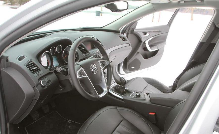 2011 Buick Regal CXL Turbo - Slide 14