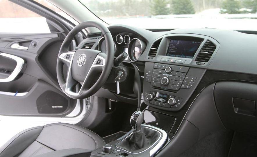 2011 Buick Regal CXL Turbo - Slide 15
