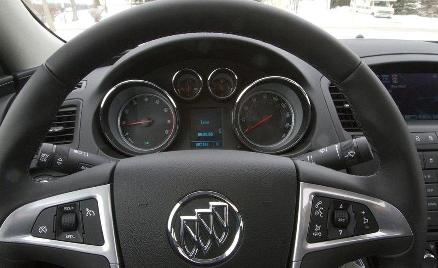 2011 Buick Regal CXL Turbo - Slide 22
