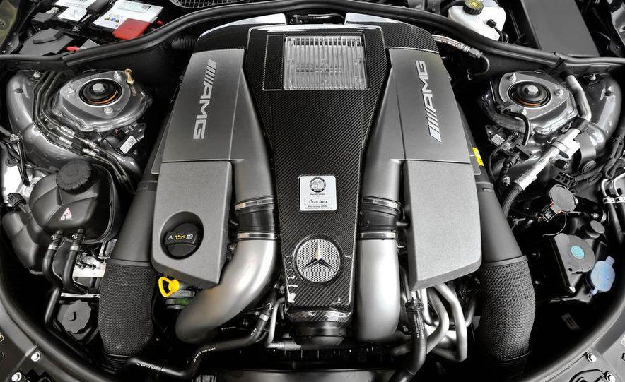2011 Mercedes-Benz S63 AMG - Slide 12