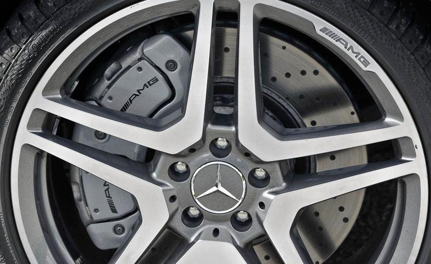 2011 Mercedes-Benz S63 AMG - Slide 10