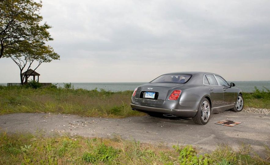2012 Bentley Mulsanne - Slide 16