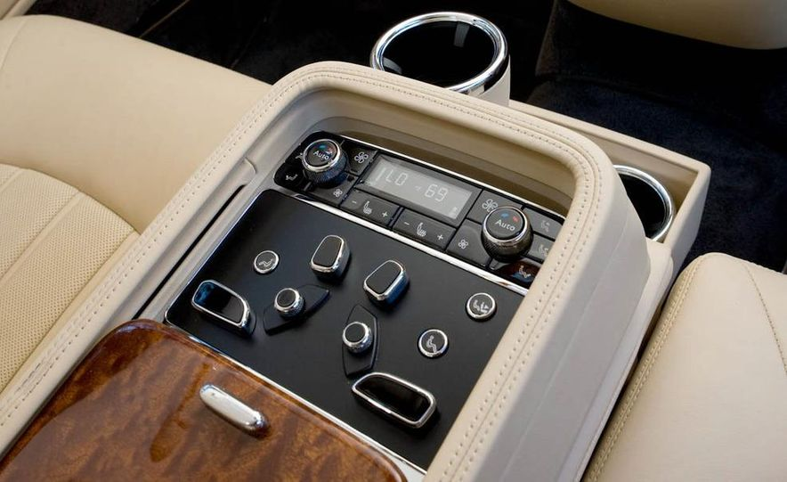 2012 Bentley Mulsanne - Slide 24