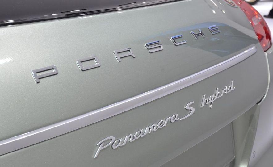 2012 Porsche Panamera S hybrid - Slide 11