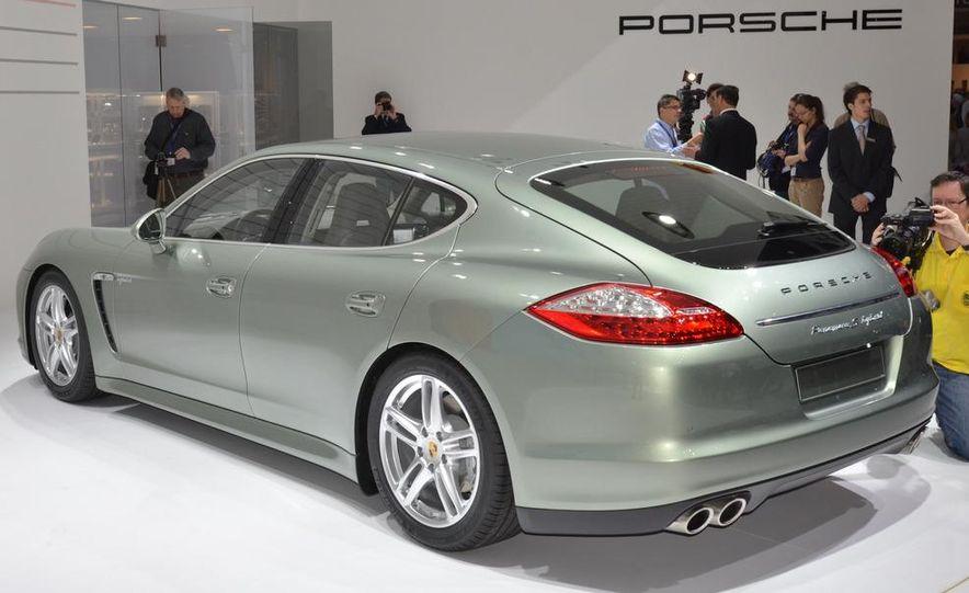 2012 Porsche Panamera S hybrid - Slide 4