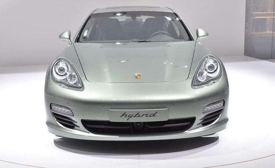 2012 Porsche Panamera S hybrid - Slide 9