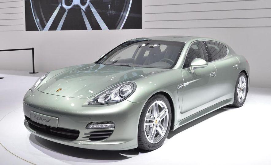 2012 Porsche Panamera S hybrid - Slide 1