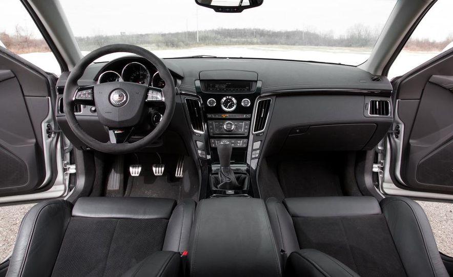 2011 Cadillac CTS-V wagon - Slide 38