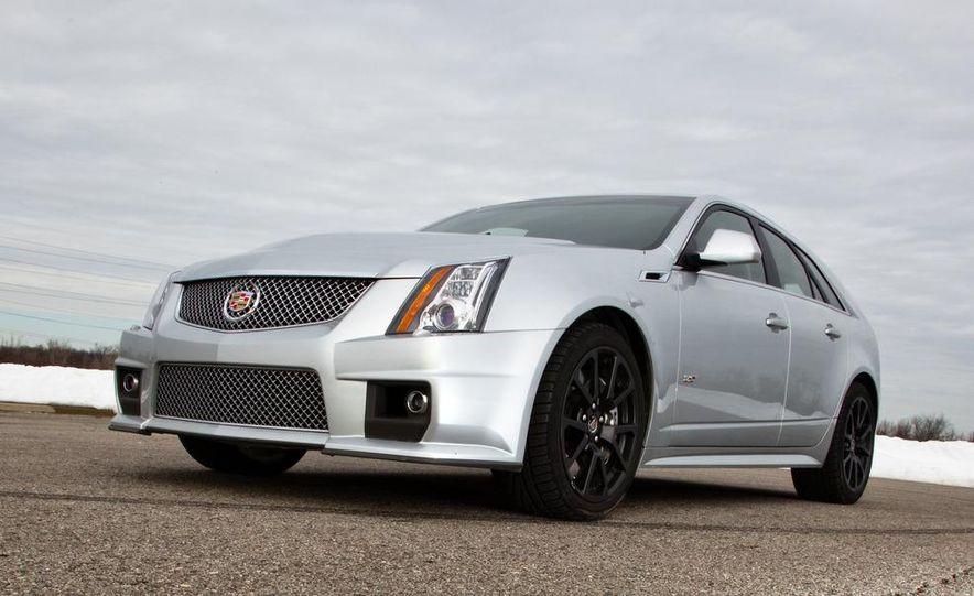 2011 Cadillac CTS-V wagon - Slide 23
