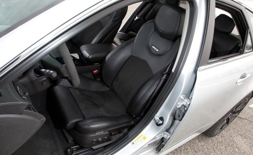 2011 Cadillac CTS-V wagon - Slide 39