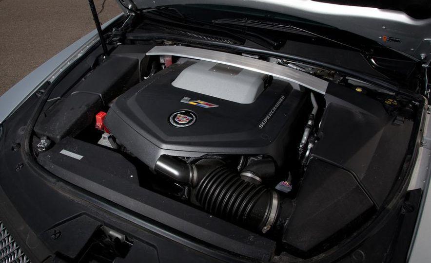 2011 Cadillac CTS-V wagon - Slide 52