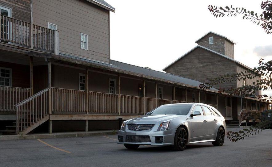 2011 Cadillac CTS-V wagon - Slide 4
