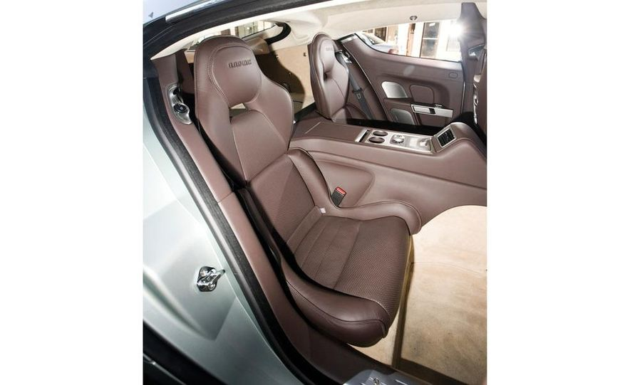 2012 Aston Martin V-8 Vantage S coupe - Slide 12
