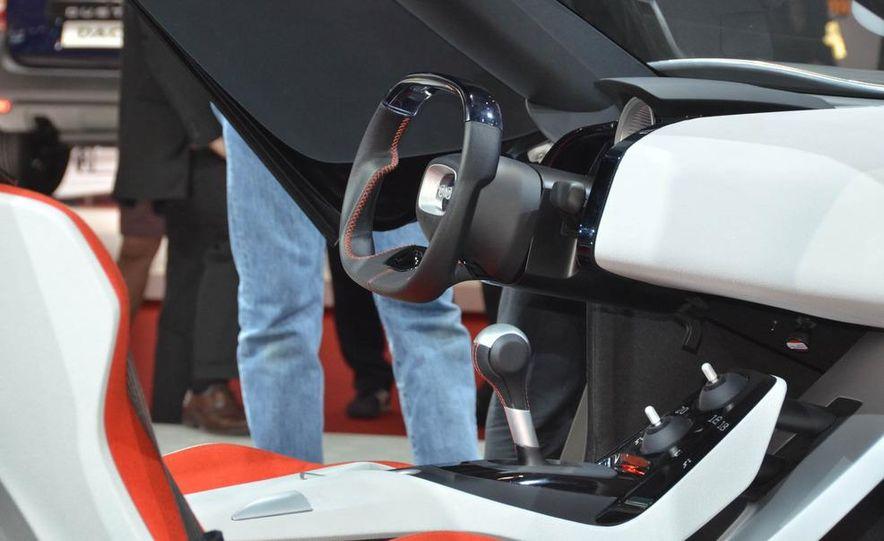 Saab PhoeniX concept - Slide 15
