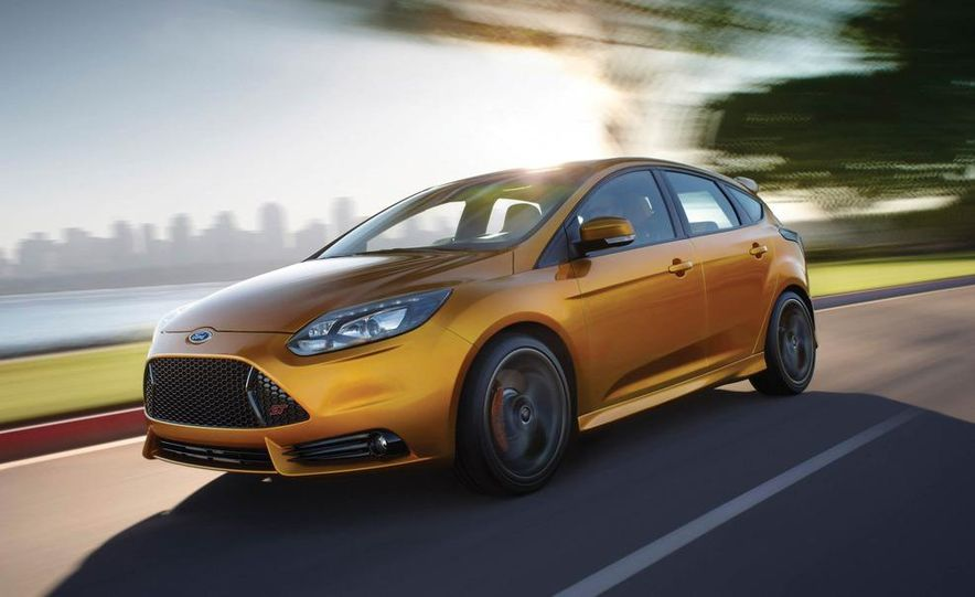 2012 Ford Focus ST - Slide 1