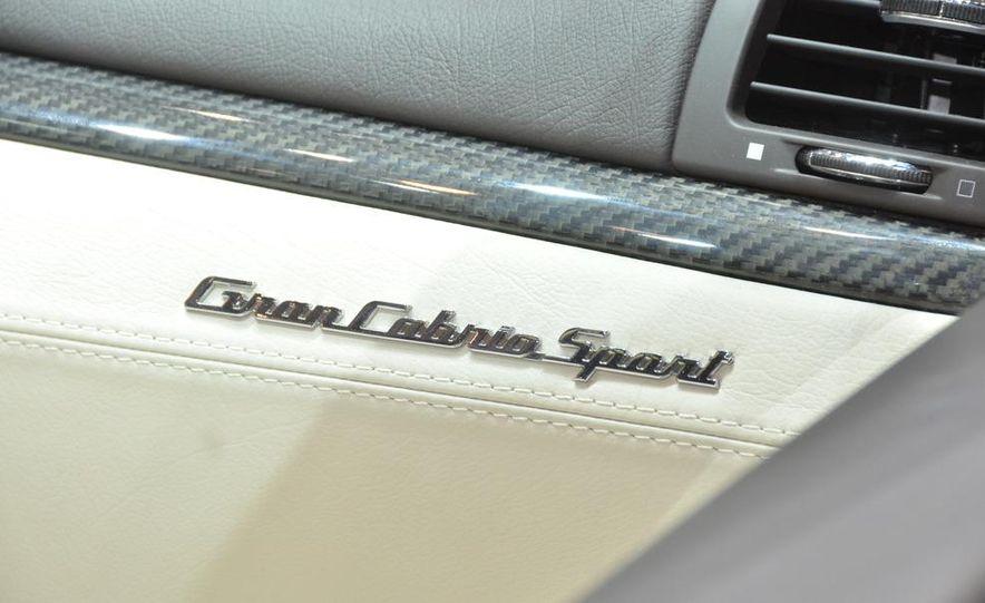 2012 Maserati GranTurismo Convertible Sport interior - Slide 6