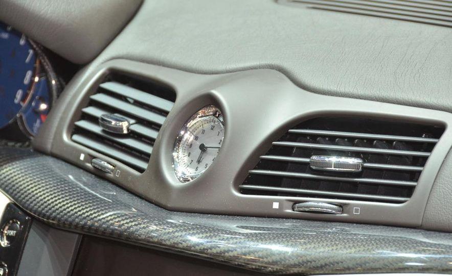 2012 Maserati GranTurismo Convertible Sport interior - Slide 5