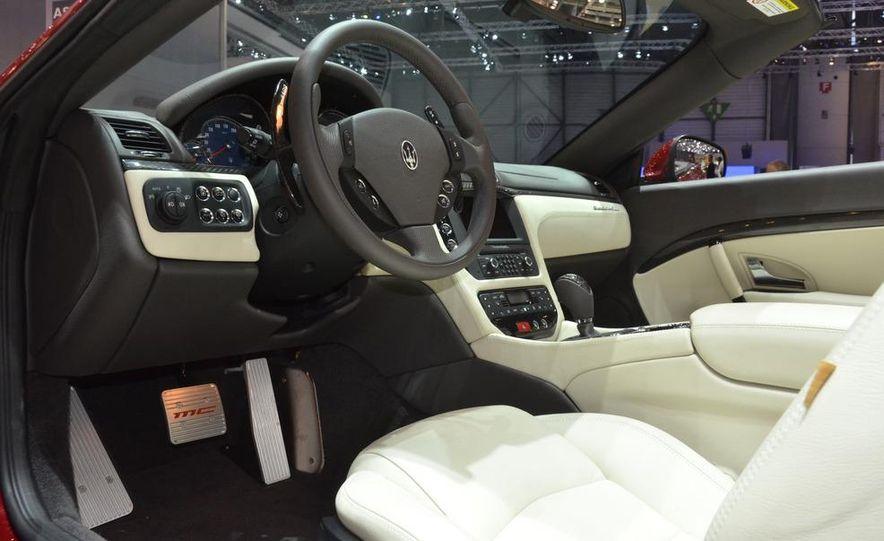 2012 Maserati GranTurismo Convertible Sport interior - Slide 1