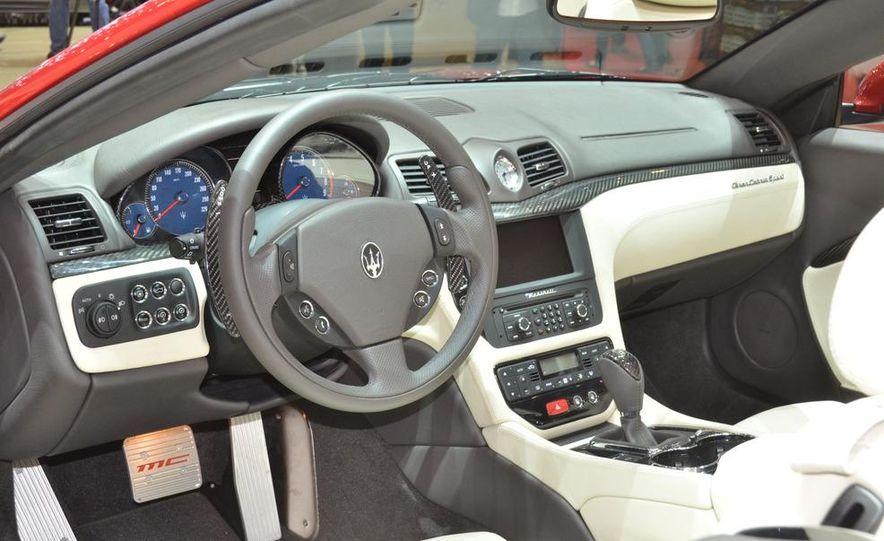 2012 Maserati GranTurismo Convertible Sport interior - Slide 2
