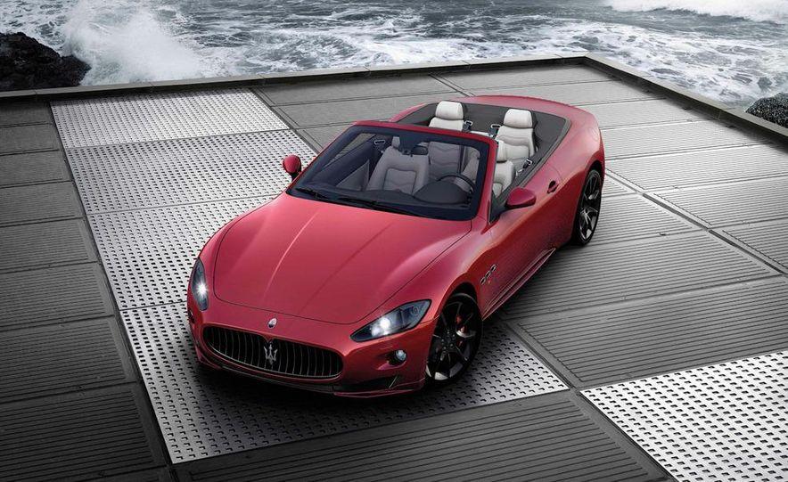 2012 Maserati GranTurismo Convertible Sport interior - Slide 22