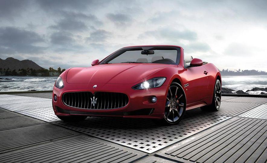 2012 Maserati GranTurismo Convertible Sport interior - Slide 24