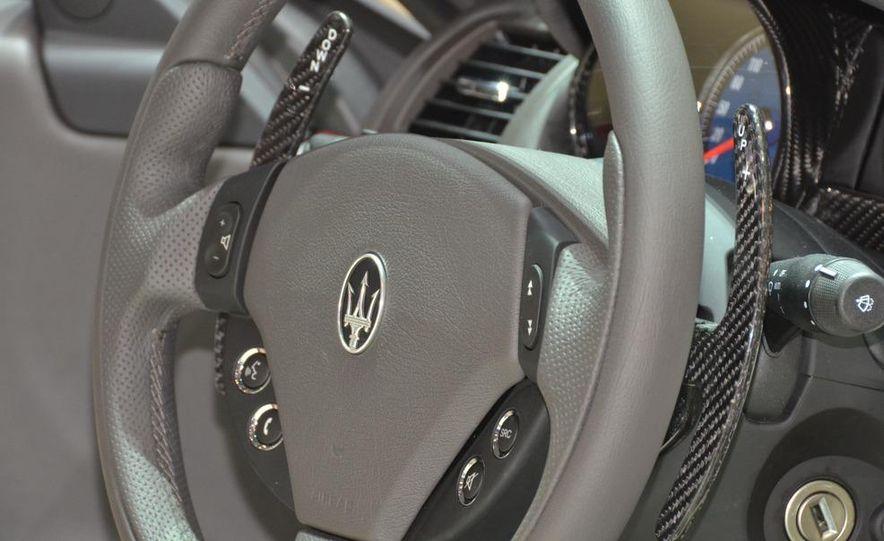 2012 Maserati GranTurismo Convertible Sport interior - Slide 7