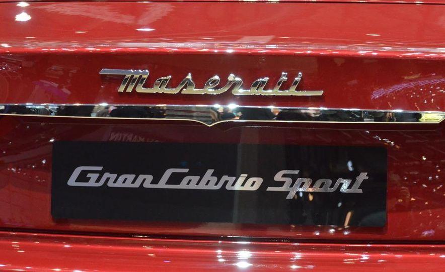 2012 Maserati GranTurismo Convertible Sport interior - Slide 20