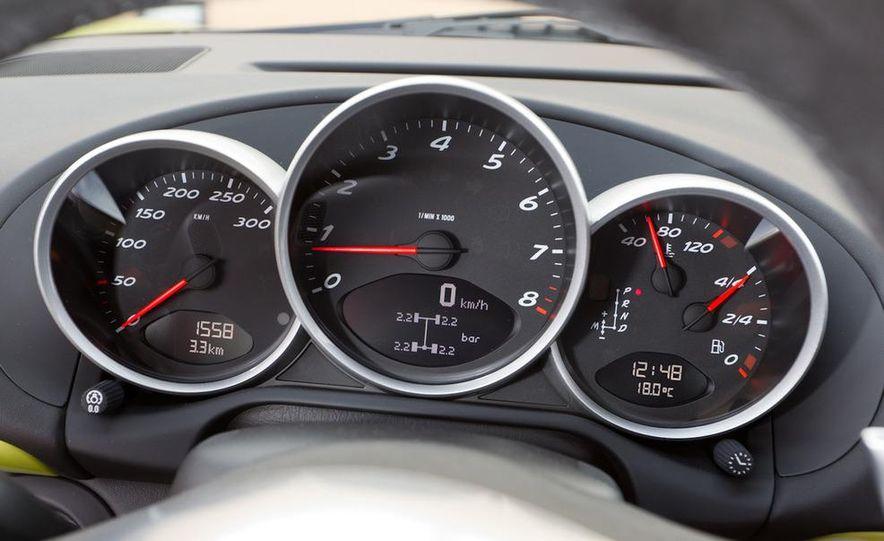 2011 Porsche Cayman R - Slide 64