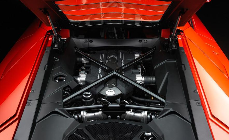 2012 Lamborghini Aventador LP700-4 - Slide 65