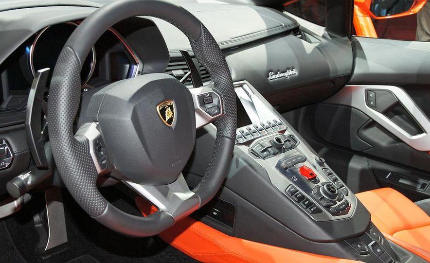2012 Lamborghini Aventador LP700-4 - Slide 36