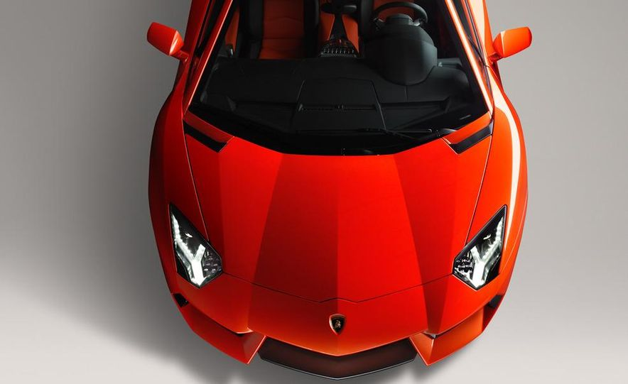 2012 Lamborghini Aventador LP700-4 - Slide 56