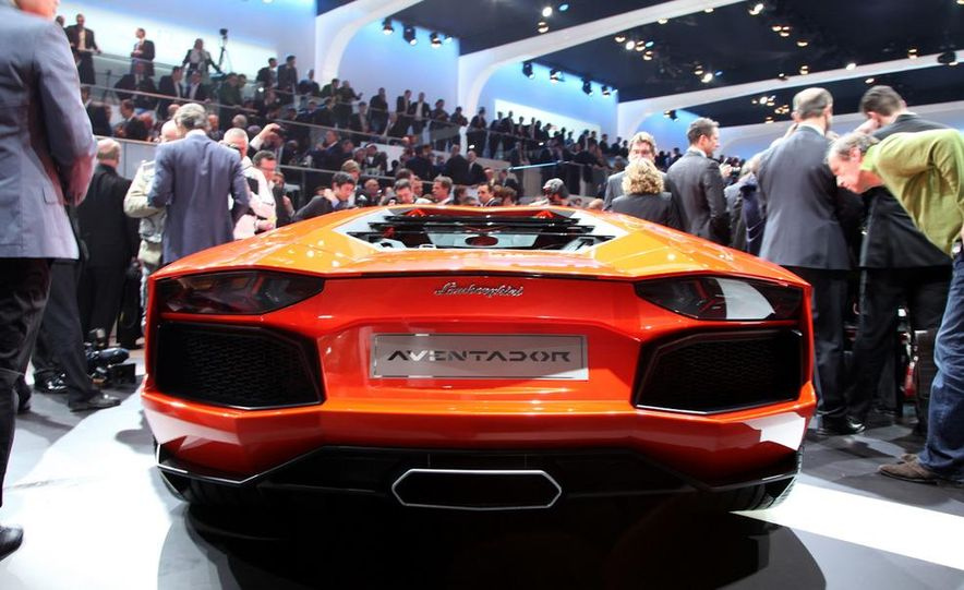 2012 Lamborghini Aventador LP700-4 - Slide 7