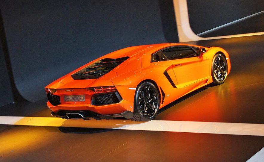 2012 Lamborghini Aventador LP700-4 - Slide 10