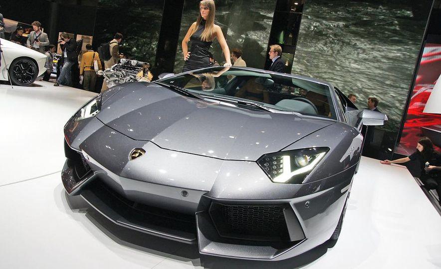 2012 Lamborghini Aventador LP700-4 - Slide 37
