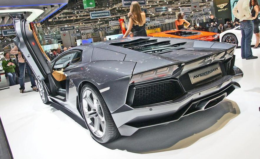 2012 Lamborghini Aventador LP700-4 - Slide 41
