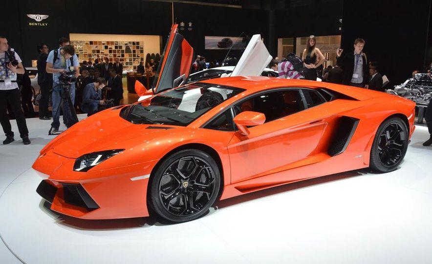 2012 Lamborghini Aventador LP700-4 - Slide 17