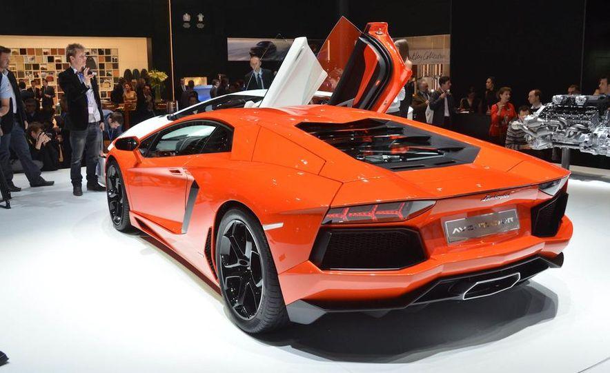 2012 Lamborghini Aventador LP700-4 - Slide 20