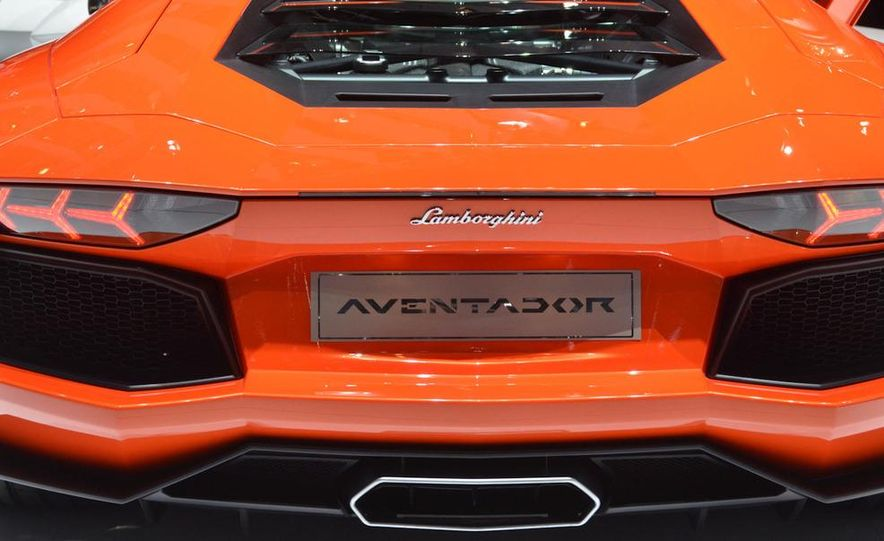 2012 Lamborghini Aventador LP700-4 - Slide 27