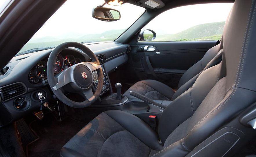 2010 Porsche 911 GT3 - Slide 14
